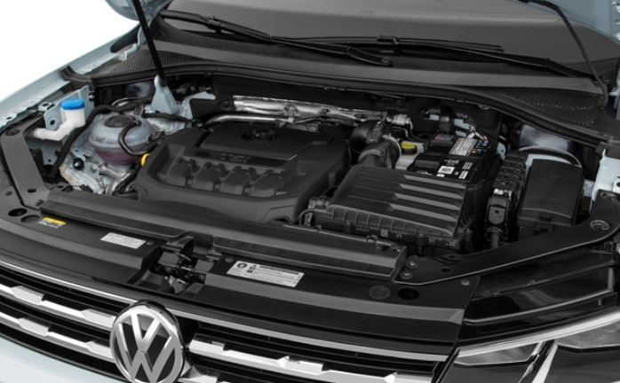 2021 VW Tiguan Engine