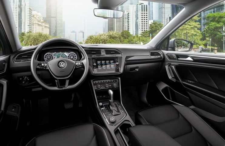 2021 VW Tiguan Interior